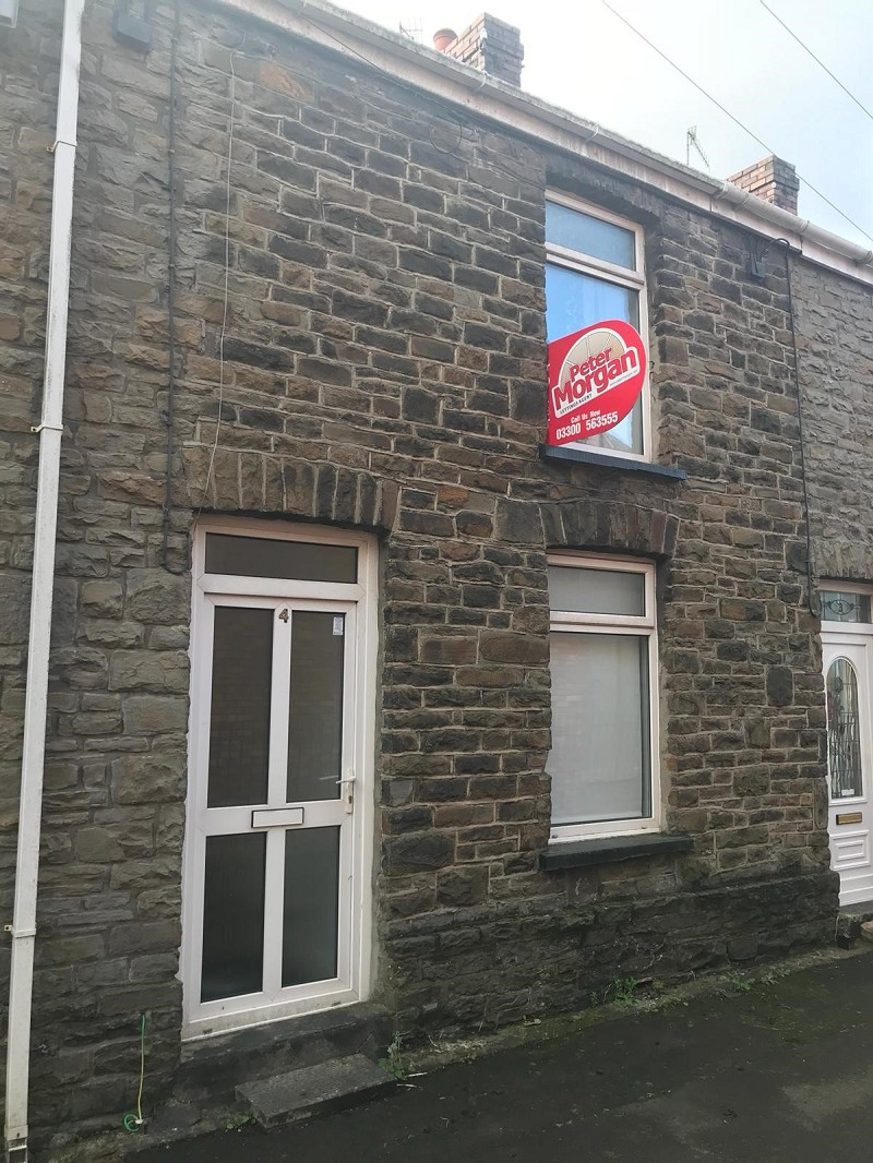 Springfield Terrace, Neath, Neath Port Talbot. SA11 1AB