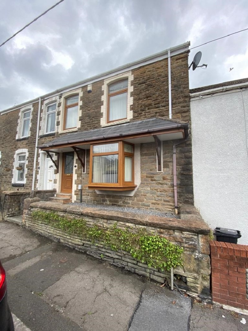 Woodland Road, Skewen, Neath, Neath Port Talbot. SA10 6SS