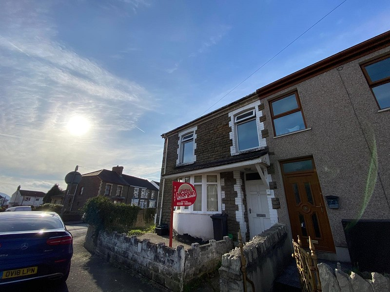 Cardonnel Road, Neath, Neath Port Talbot. SA10 6DD