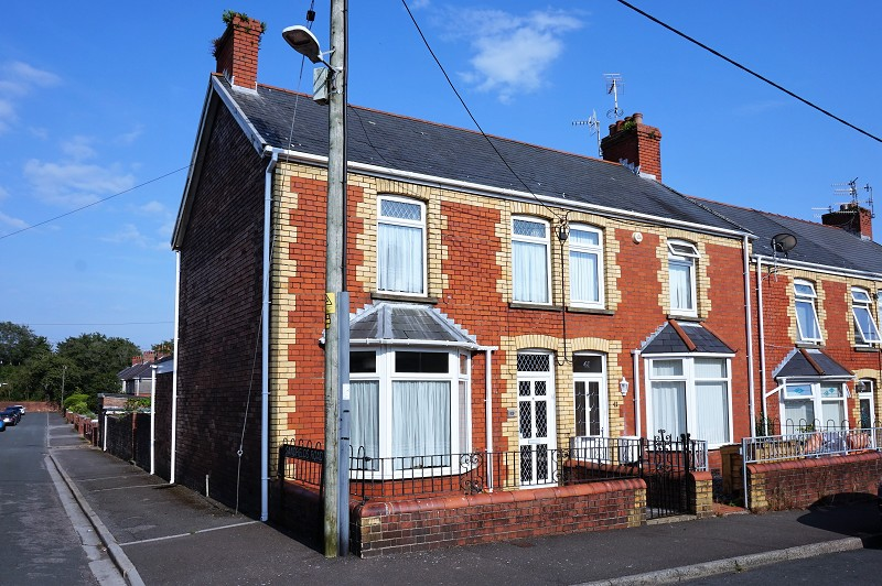 St. Brides Road, Aberkenfig, Bridgend, Bridgend County. CF32 9PY