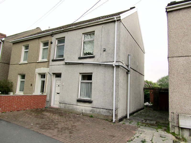 Elkington Road, Burry Port, Carmarthenshire. SA16 0AA